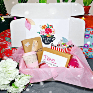 book and tea lover box
