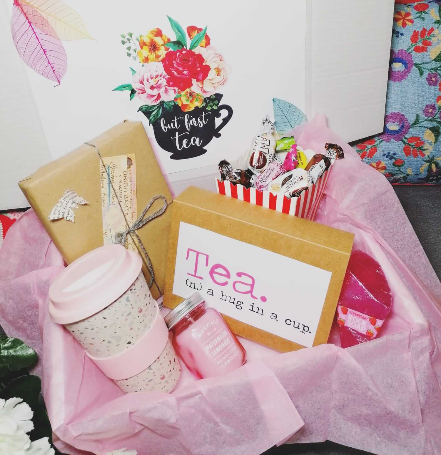 book and tea lover mystery box